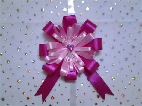 how to make a gift bow how to make an easy ribbon bow for gift wrap very beautiful youtube