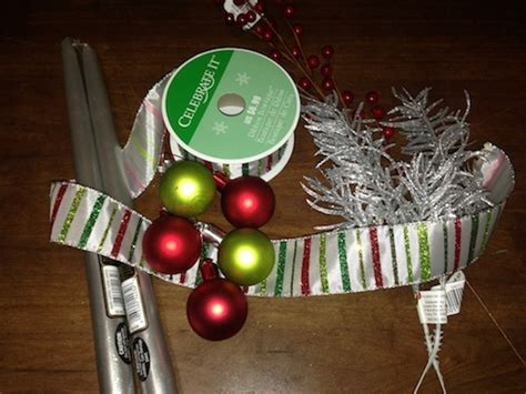 Make Your Own Holiday Centerpiece