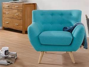 Fauteuil Bleu Turquoise : fauteuil en tissu waterproof coloris bleu turquoise serti ~ Teatrodelosmanantiales.com Idées de Décoration
