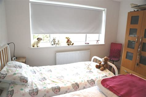 What Are The Best Blinds To Keep Light Out?