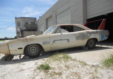 Hemi Superbird Barn Find