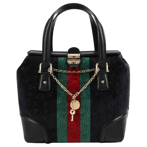 gucci treasure small boston horsebit embossed black
