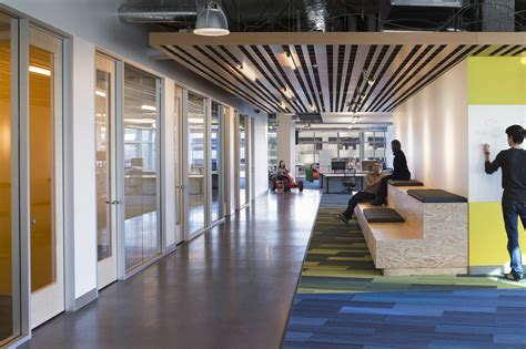 Gallery of GoDaddy Silicon Valley Office / DES Architects