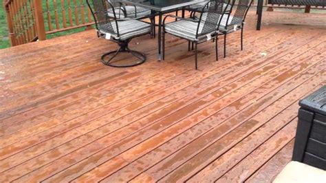 deck holds   rain  benjamin moore