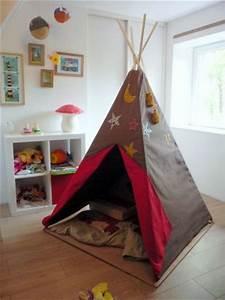 Tipi Pour Chambre : coucou les indiens par le chas de l 39 aiguille ~ Teatrodelosmanantiales.com Idées de Décoration