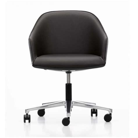 coll鑒ue de bureau vitra softshell chair chaise de bureau vitra ambientedirect com
