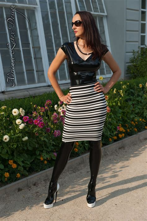 gal  adrienne latex design custom  fetish fashion
