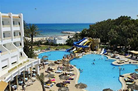 chambre de noce sea water pool with slide photo de marhaba royal salem
