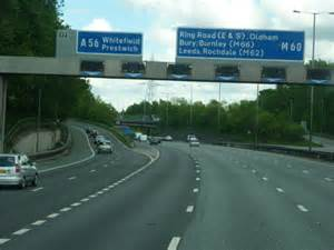 Junction 17, M60 clockwise © Ian S cc-by-sa/2.0 ...