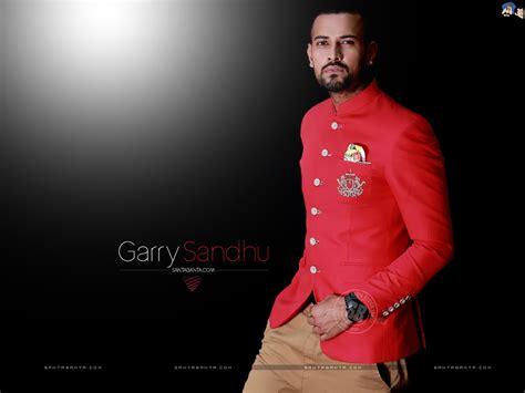 Hot Hd Wallpapers Of Bollywood Stars & Actors