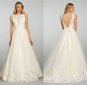 Chic vintage lace wedding dresses with open back ipunya for Open back wedding dresses lace