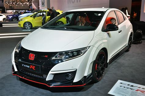 Honda Civic 2016 Type R by The 2016 Honda Civic Type R Is Finally Here It S Awesome