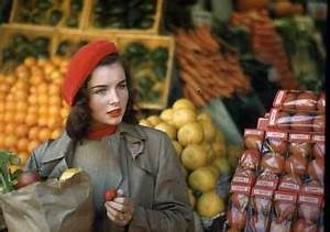 Geraldine Dent at the vegetable market, NYC, early 1950s ...