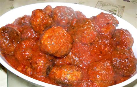 une cuisine pour voozenoo boulettes en sauce tomate quot italienne quot une cuisine pour