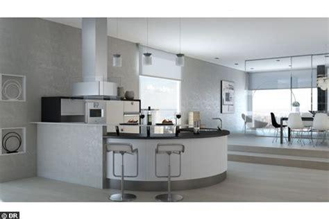 cuisine avec bar arrondi le comptoir en arrondi accessible côté séjour devient coin