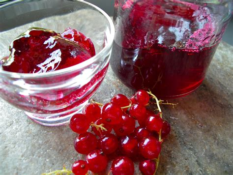 currant jelly monte cristo sandwich fried ham and swiss with red currant jelly recipe dishmaps