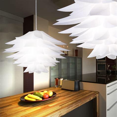 luminaire plafond chambre suspension chrome blanc éclairage lustre chambre à coucher