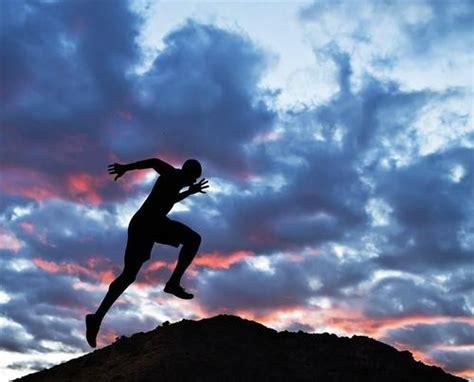 早晨起床锻炼身体图片(5) - 366亿图