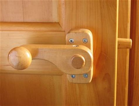 wooden door knobs latches