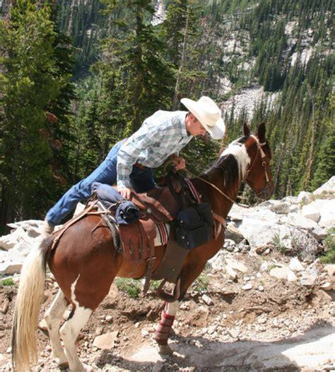 saddle horse trail comfort tips william safety riding horses erikson tack optimal enhances read enhance credit rider magazine erickson equestrian