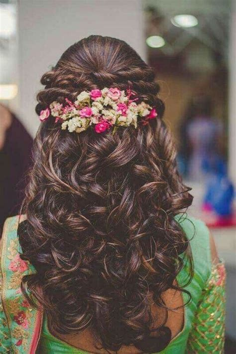 indian wedding hair styles 10 bridal hairstyles for curly hair that are for 1550