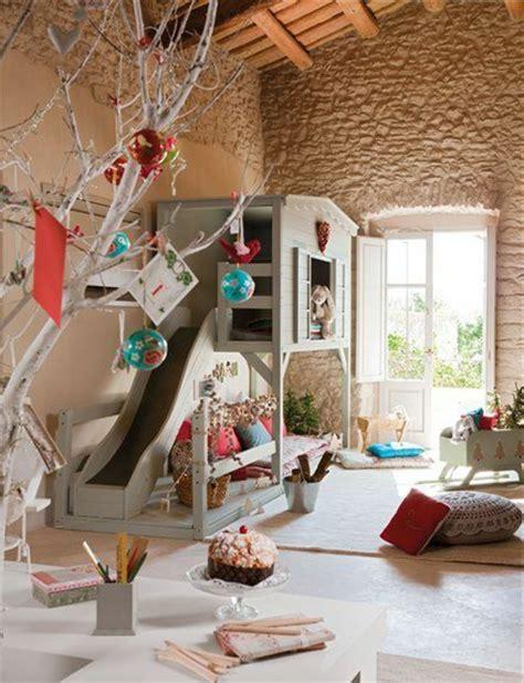 cabane dans la chambre le plus beau lit cabane pour votre enfant