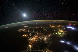 Moon and Orion from Space | wordlessTech