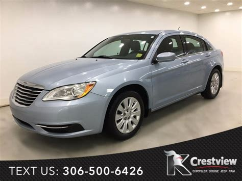 Used Vehicle Inventory Buy A Used Chrysler 200 Near