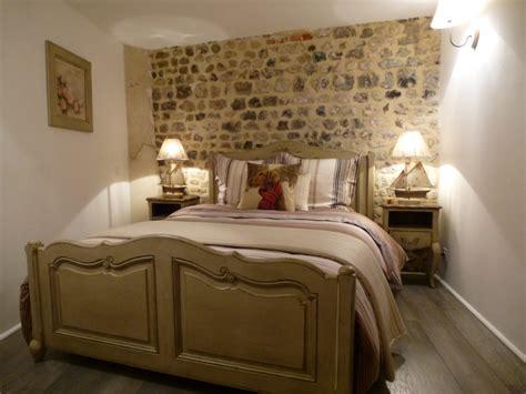 chambre à coucher rustique la chambre chêtre à honfleur chez reglisse d 39 epices