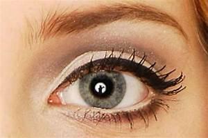 Eyeliner Für Anfänger : bester eyeliner richtig auftragen anf nger eyeliner test ~ Frokenaadalensverden.com Haus und Dekorationen