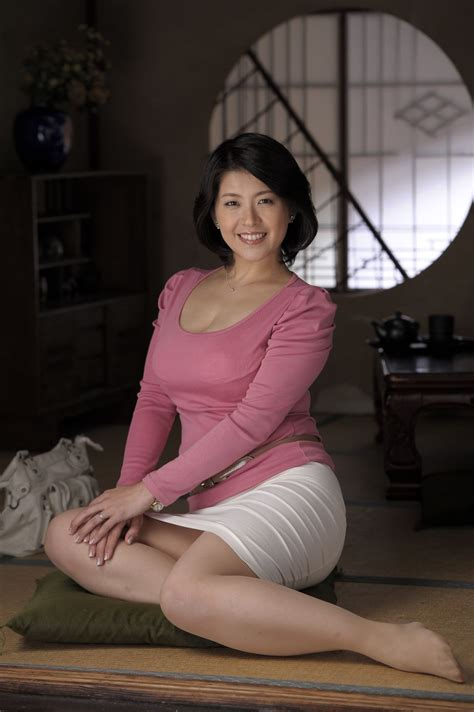 Watch Japanese Mom Cat 3 Korean