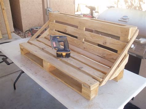 canaper lit pallet bench project