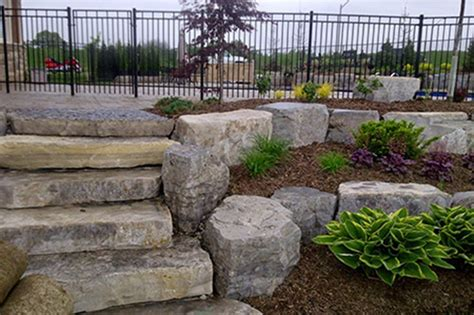 17 Best Ideas About Stone Retaining Wall On Pinterest