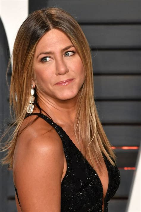 15+ Stunning Hairstyles only Jennifer Aniston Could Pull Off