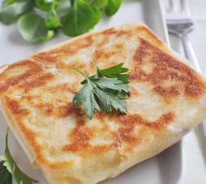 feuille de brick au fromage recette feuille de brick au fromage envie de bien manger