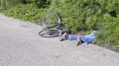 How To Crash Your Bike With Dignity And (hopefully) Keep