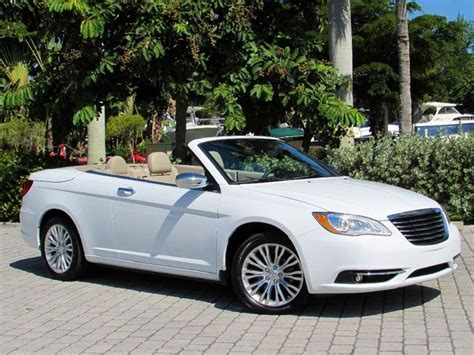 2014 Chrysler 200 Convertible Limited 2dr Convertible In