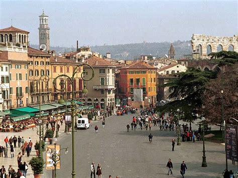 Ufficio Turismo Torino Piazza by Verona La Citt 224 Degli Innamorati Siti Unesco Idee Di