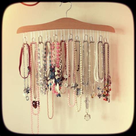 ideas  necklace storage  pinterest diy