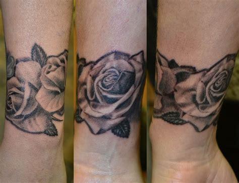 Handgelenk Tattoo Bilder  Westend Tattoo & Piercing Wien