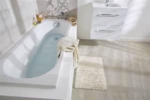Salle De Bain Etroite : 25 petites baignoires et baignoires sabot gain de place ~ Melissatoandfro.com Idées de Décoration