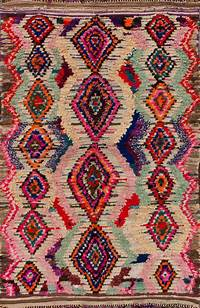 colorful area rugs 50 Most Dramatic, Gorgeous, Colorful Area Rugs for Modern Living Rooms
