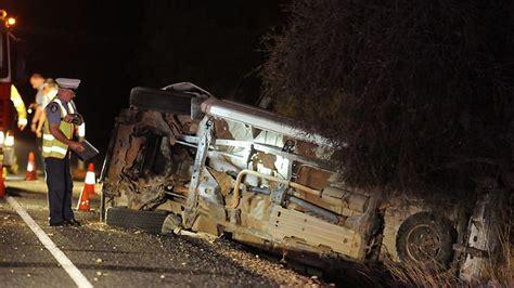 pulaski county crash leaves  dead