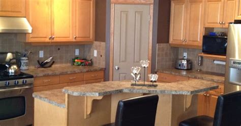 kitchen wall colors with maple cabinets maple kitchen cabinets and wall color kitchen remodel 9621