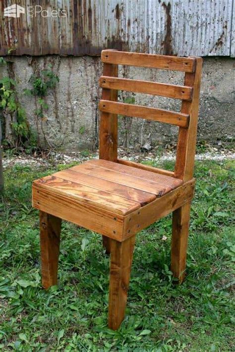 rustic wooden pallet chairs  pallets