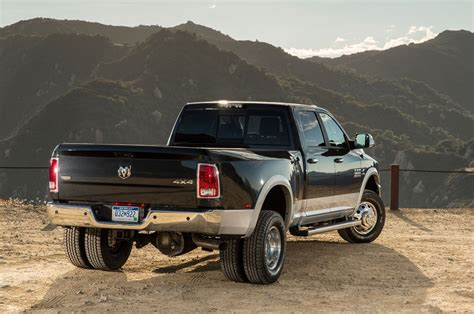 Dually Truck Vs. Non-dually Truck