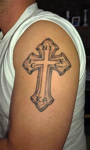 Kreuz Tattoo Oberarm : neos kreuz mit christogramm ic xc nika tattoos von tattoo ~ Frokenaadalensverden.com Haus und Dekorationen