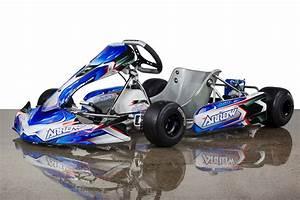 Kart Anhänger 2 Karts : kartsportnews karting news and features go kart racing ~ Jslefanu.com Haus und Dekorationen