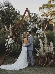 wedding trend boho chic triangle wedding arches