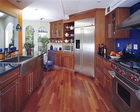 benefits  drawbacks   hardwood floor   kitchen